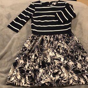EUC Dress with Pockets!
